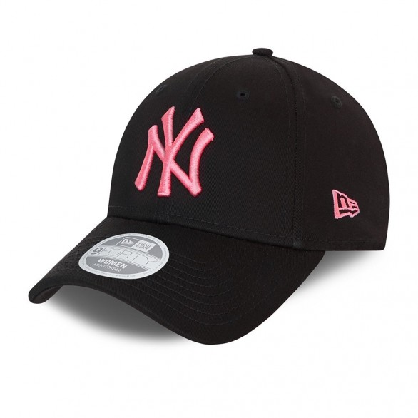 NY Yankees League Essential 9Forty