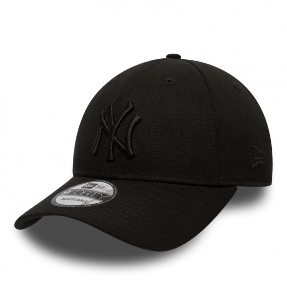 NY Yankees Essential 9Forty